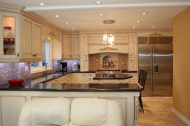 Kuchyňa, kuchynská linka.jpg