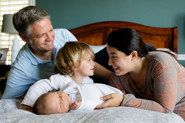 rodina s dětmi.jpg